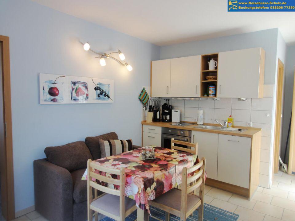 kucheninsel mit essplatz ihr traumhaus ideen. Black Bedroom Furniture Sets. Home Design Ideas